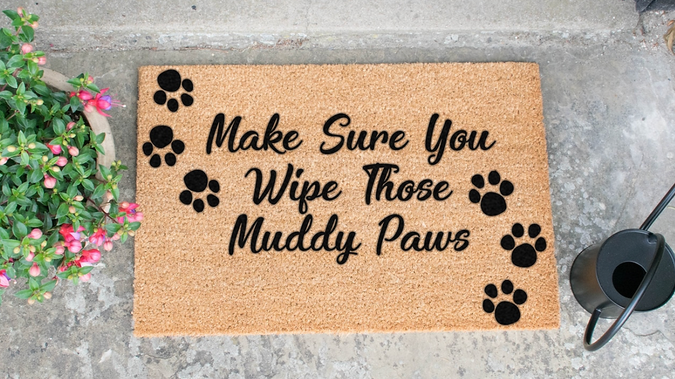 """Sausage Dog Box """"Make Sure You Wipe Those Muddy Paws"""" Doormat"""