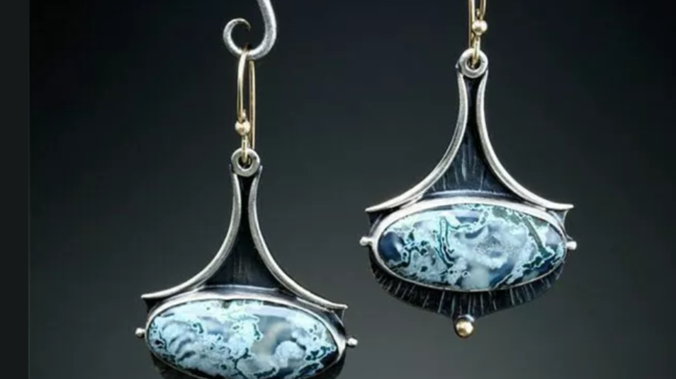 Art Deco Dangle Fashion Earrings NEW
