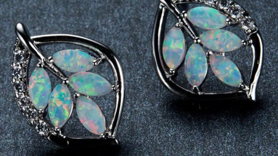Silvertone Opal Stud Earrings NEW