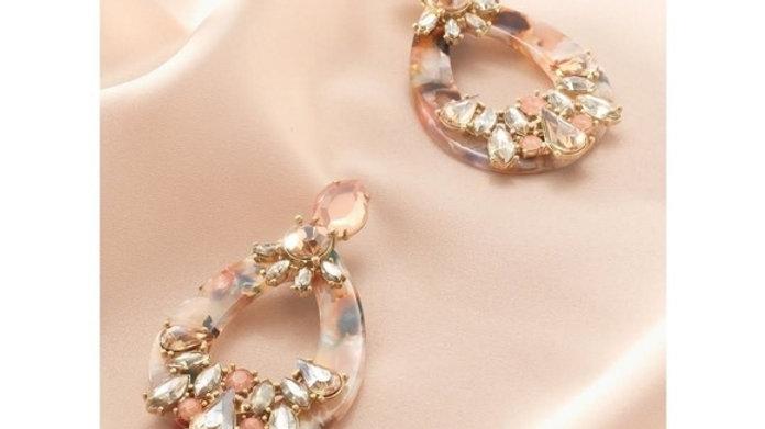 Stella & Dot Dewdrop Statement Earrings NIB