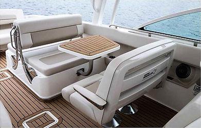 The Sea Guy 2019 Boston Whaler 320 Vanta