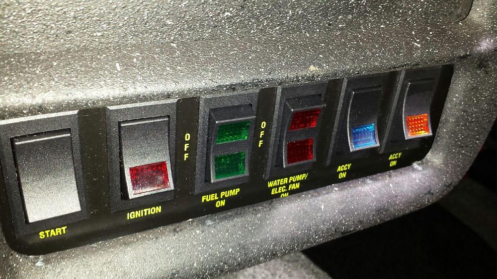 908motormag.com 1994 Chevrolet Camaro Switch Panel