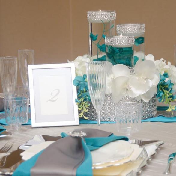 Turquoise & White 3.jpg