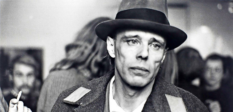 100 ano de Joseph Beuys (1921-1986) - o mito