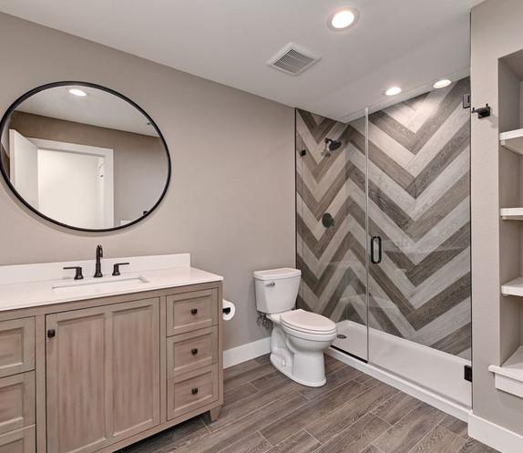 Austin Bathroom 5.jpg