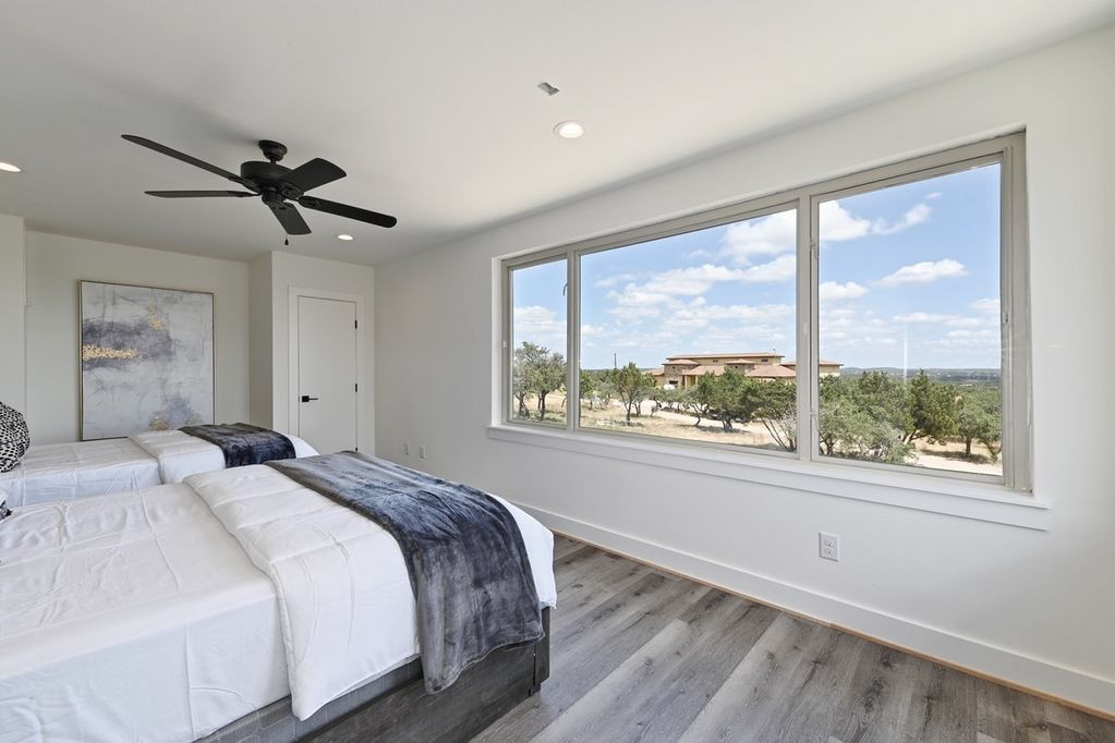Austin Bedroom 10.jpg