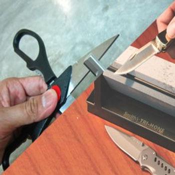 knifescissors_20150504141804.jpg