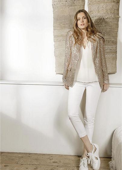 Lauren Vidal Sand Jacket & White Capri P