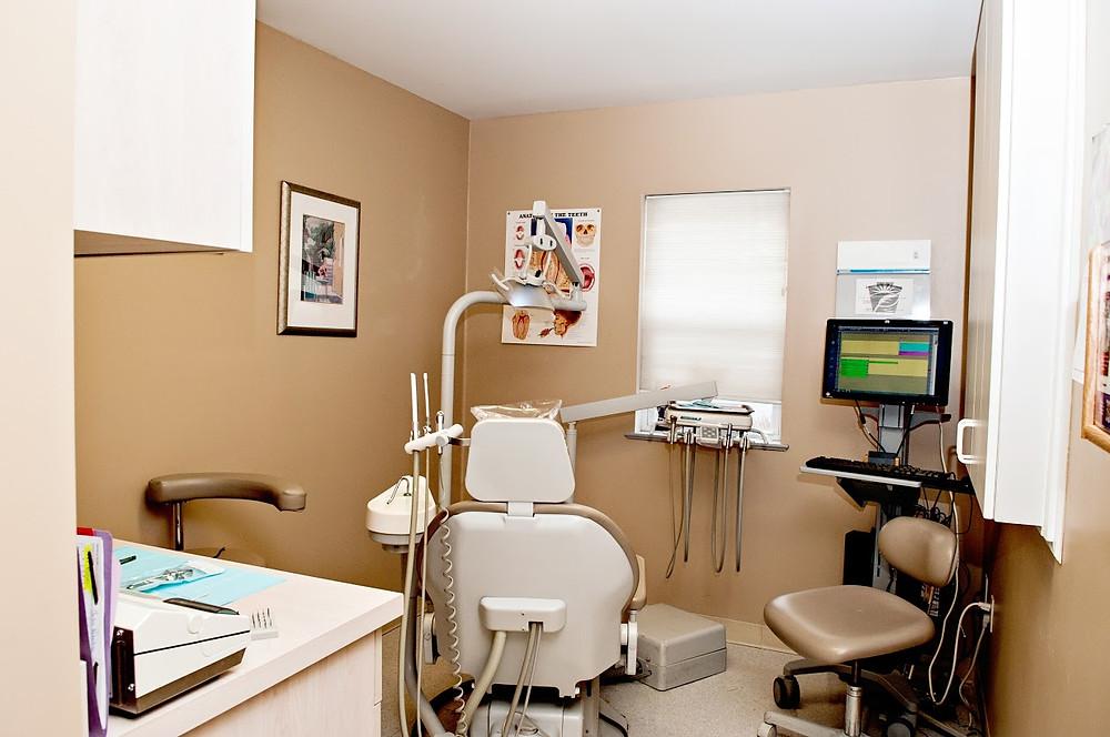 empty dental exam room.jpg