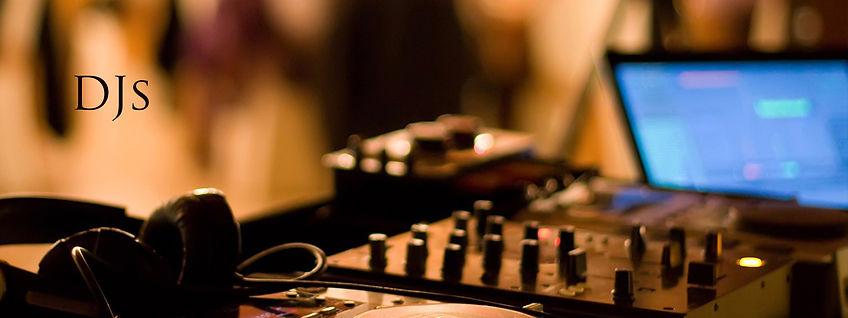 DJs, Weddings, cape town, South Africa, wine farms, dance music, best DJ, wedding DJ, pop, rock, music hits, ceremony music, first dance wedding,