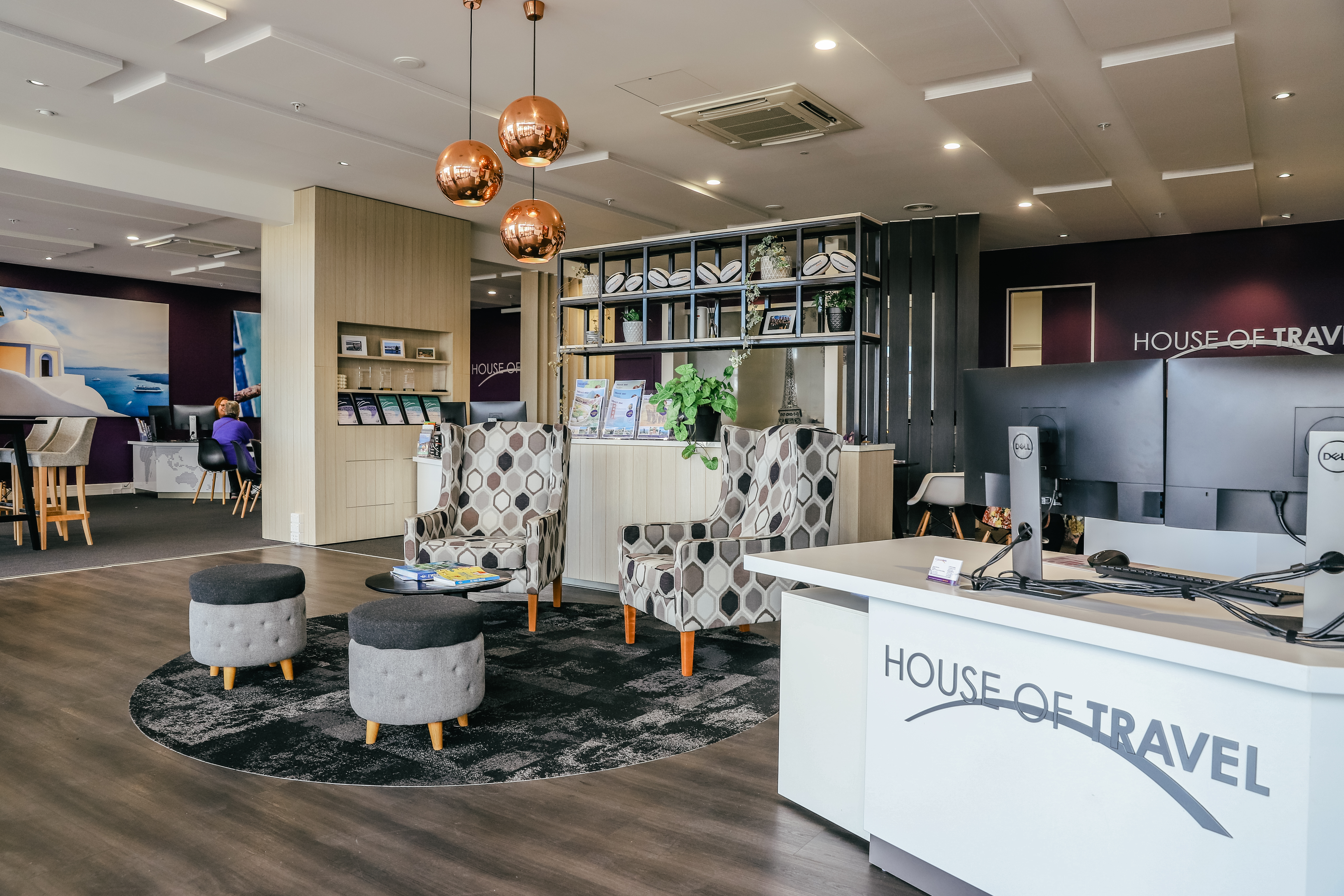 House of Travel Retail fitout Inspace