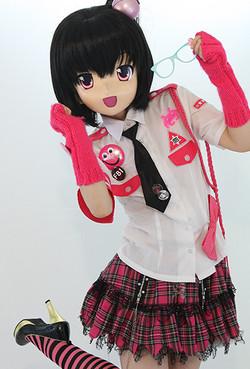 MINAMI MOMOCHI (桃知みなみ)