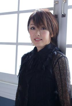 YOKO ISHIDA (石田燿子)