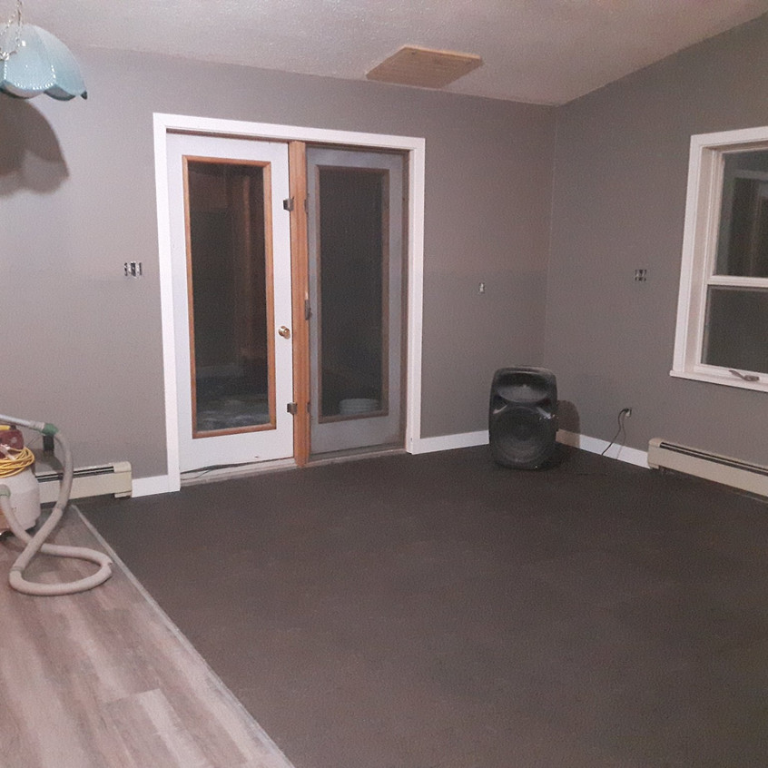 Main Area - Living Room