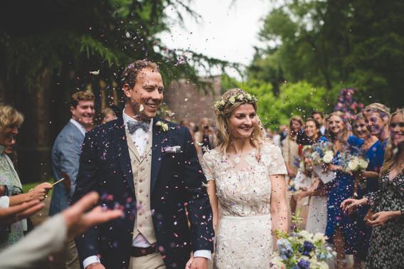Confetti shot wedding