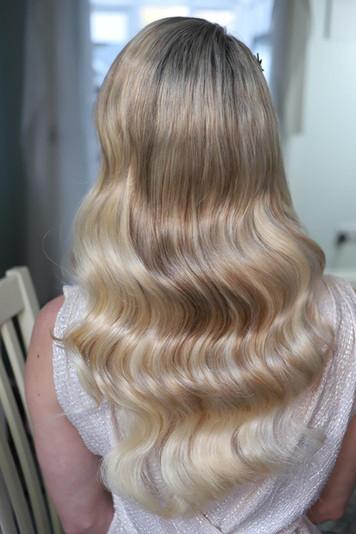 Modern hollywood waves hair