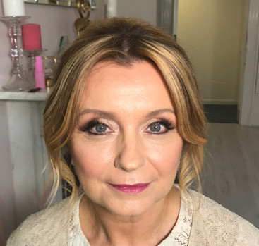Mother of the bride makeup