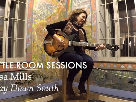 Little Room Sessions - Lisa Mills