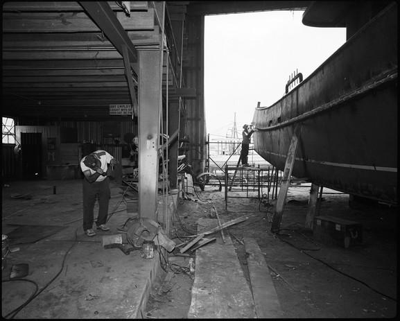 biloxi_steelboat_twoworkers.jpg