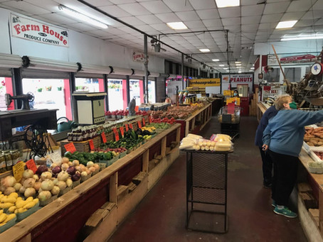 Food For Thought: Mu Chapter at BSU Talks Food Security at Local Farmer's Market