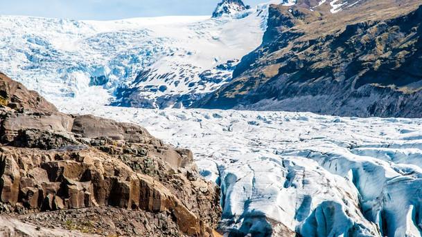 Svinafellsjokull Galcier south iceland Depositphotos (1).jpg
