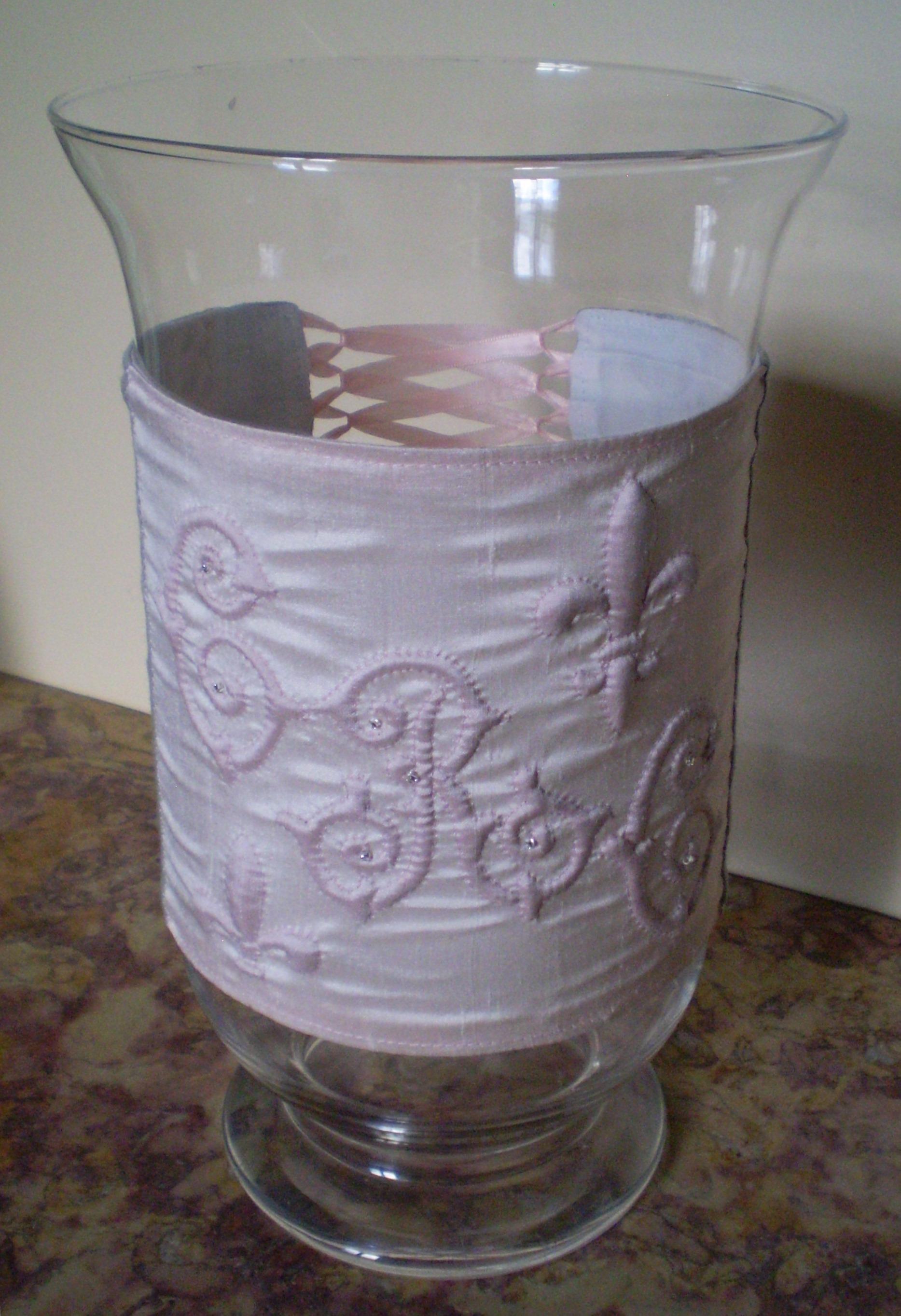 Vases décorés de boutis sur soie (1)