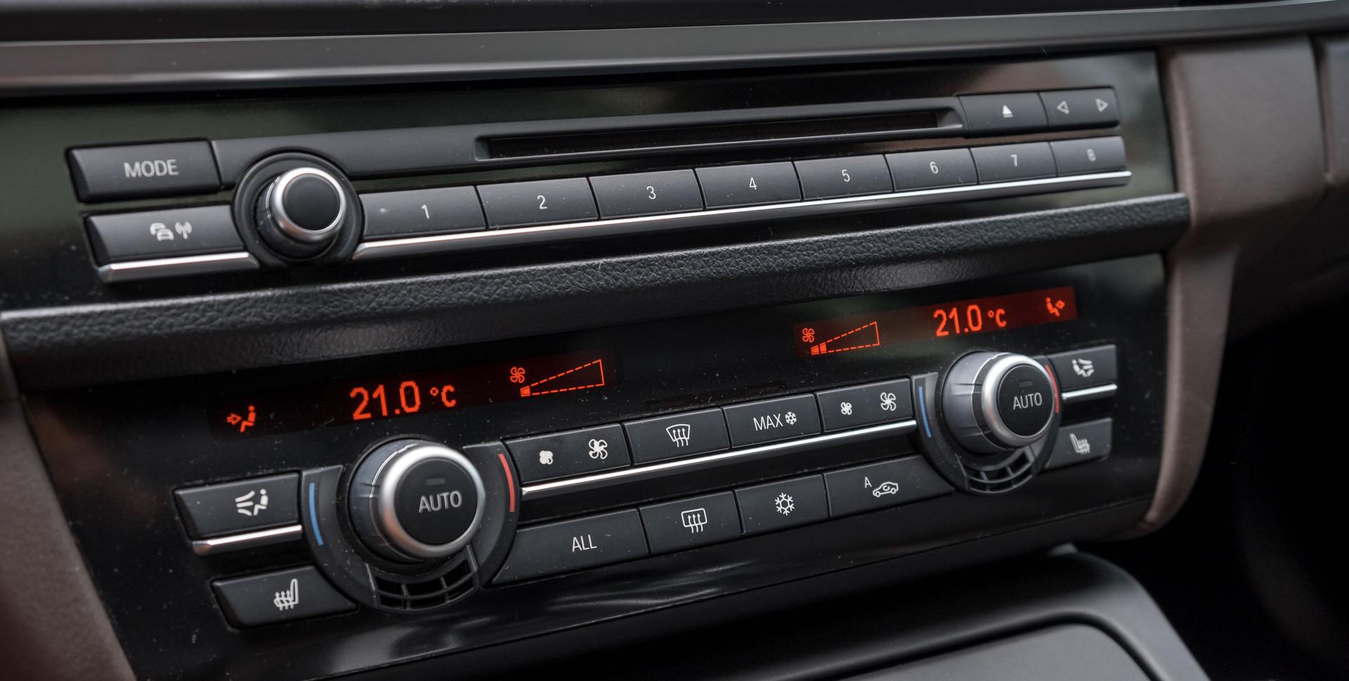BMW M5-3.jpg