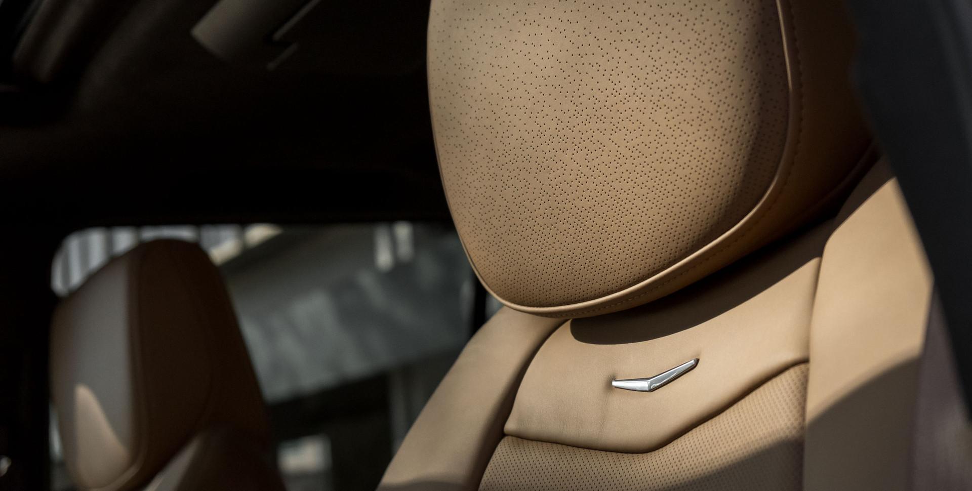 Cadillac Escalade-13.jpg