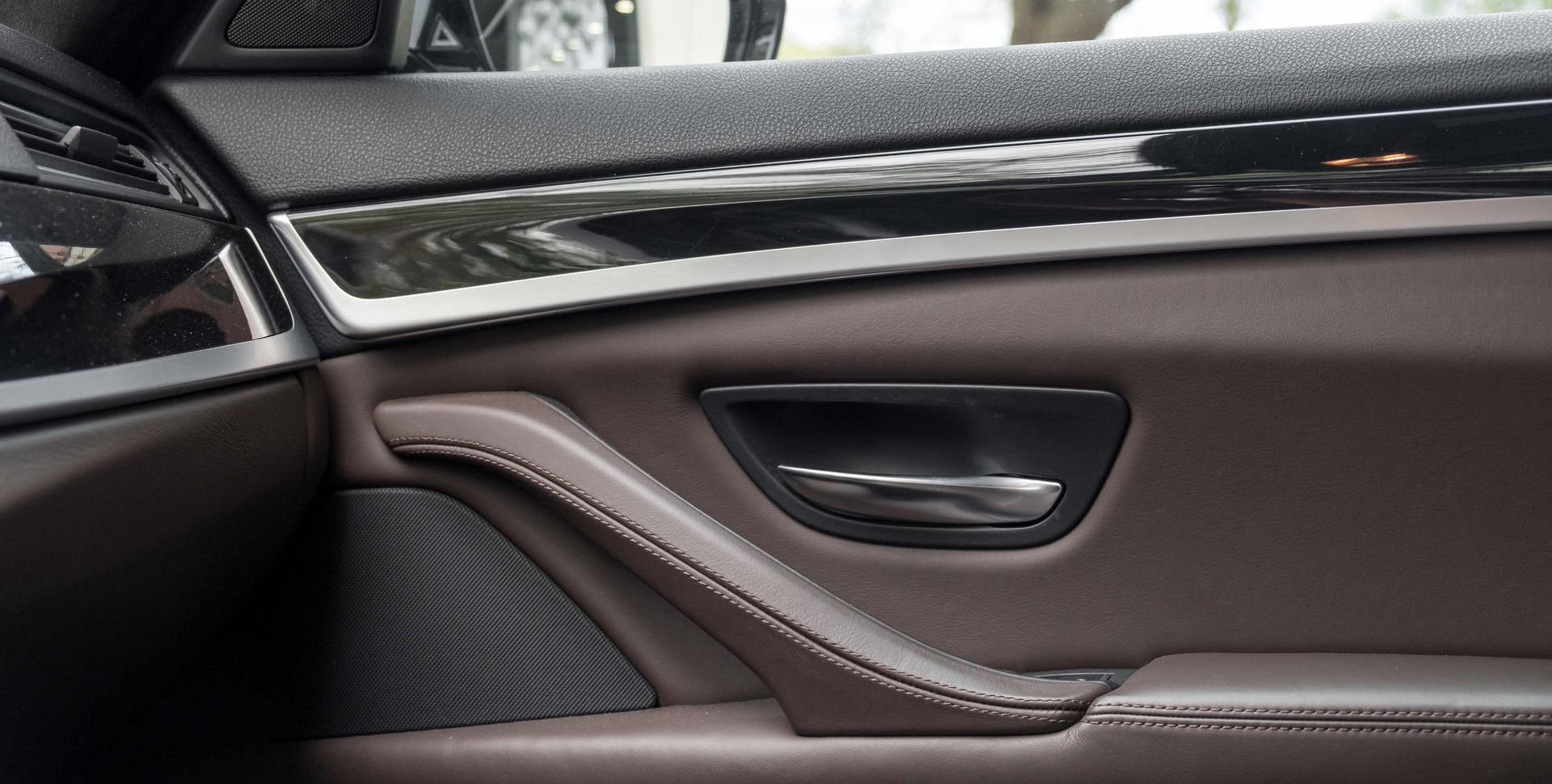 BMW M5-11.jpg