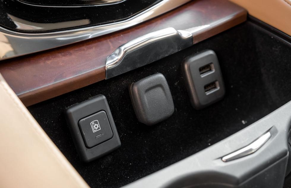 Cadillac Escalade-22.jpg