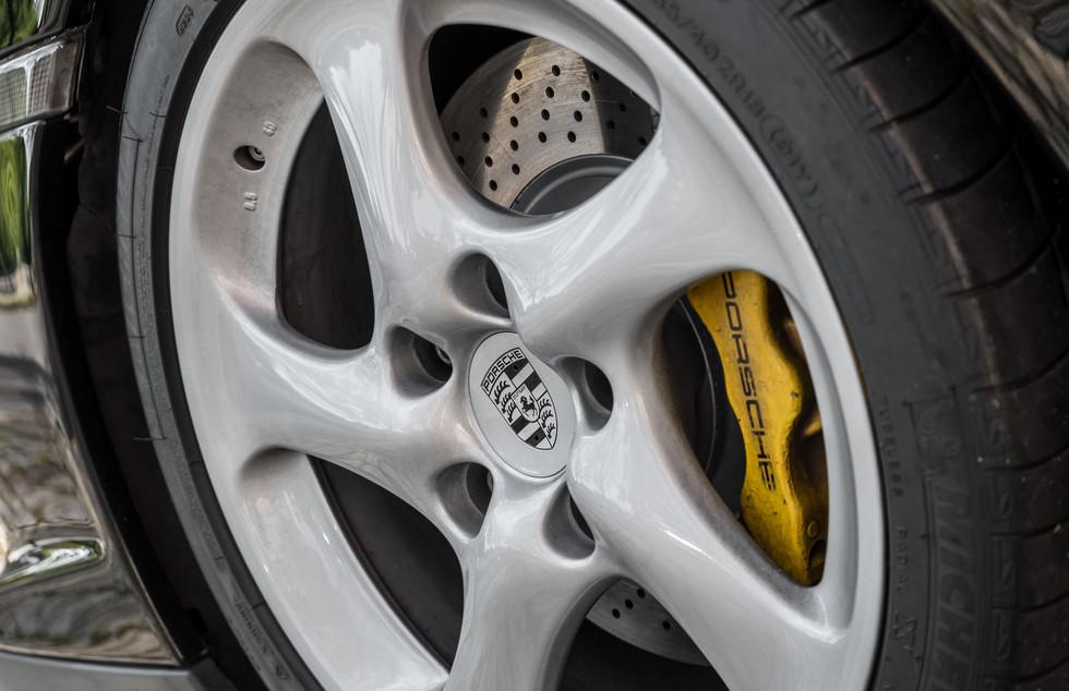 Porsche 996 GT2-4.jpg