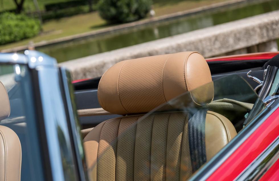 Jaguar E-Type V12 Cabrio Jardim-9.jpg