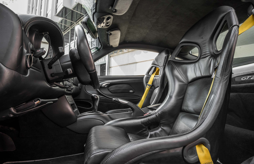 Porsche 996 GT2-18.jpg