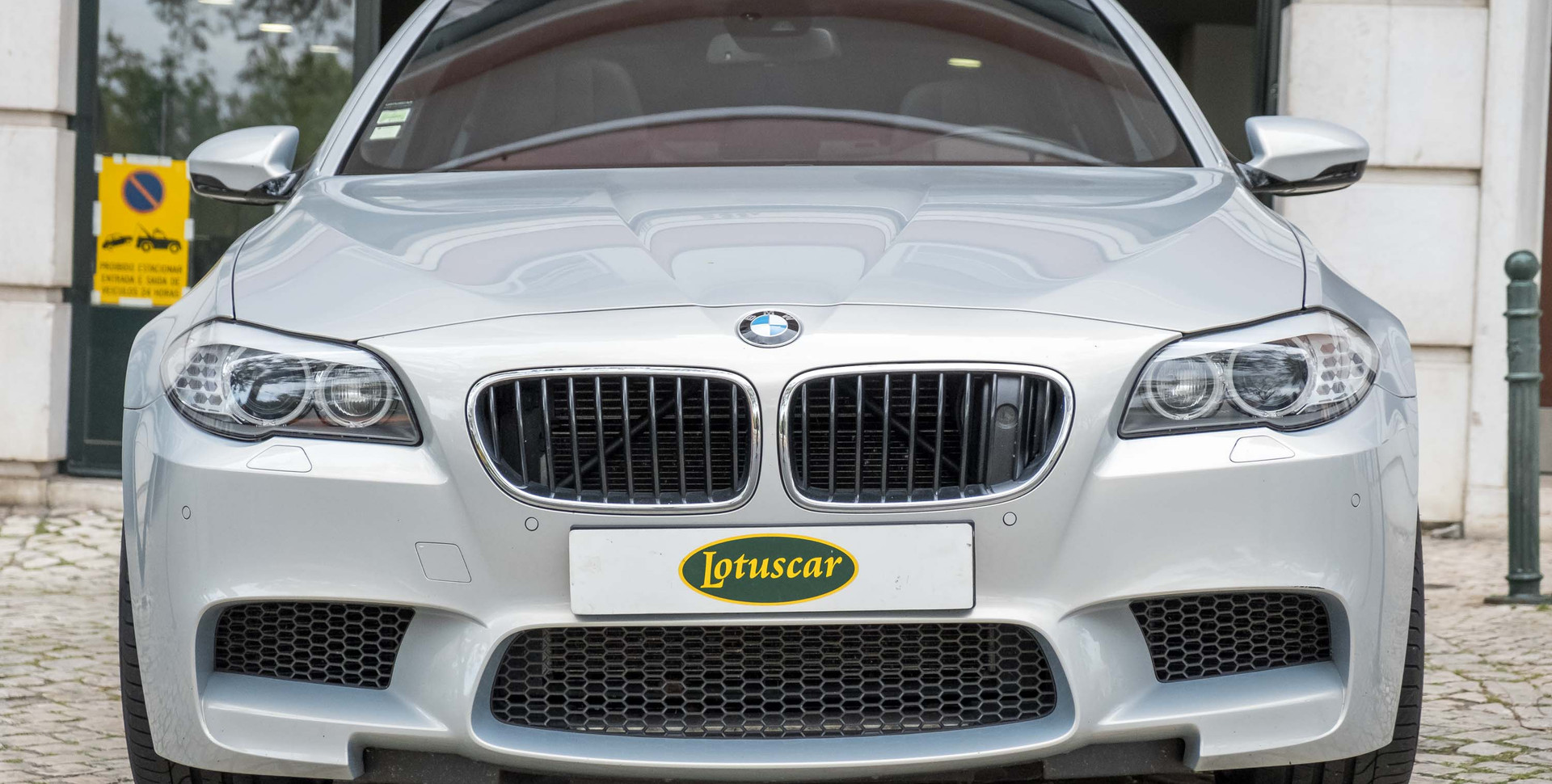 BMW M5-22.jpg