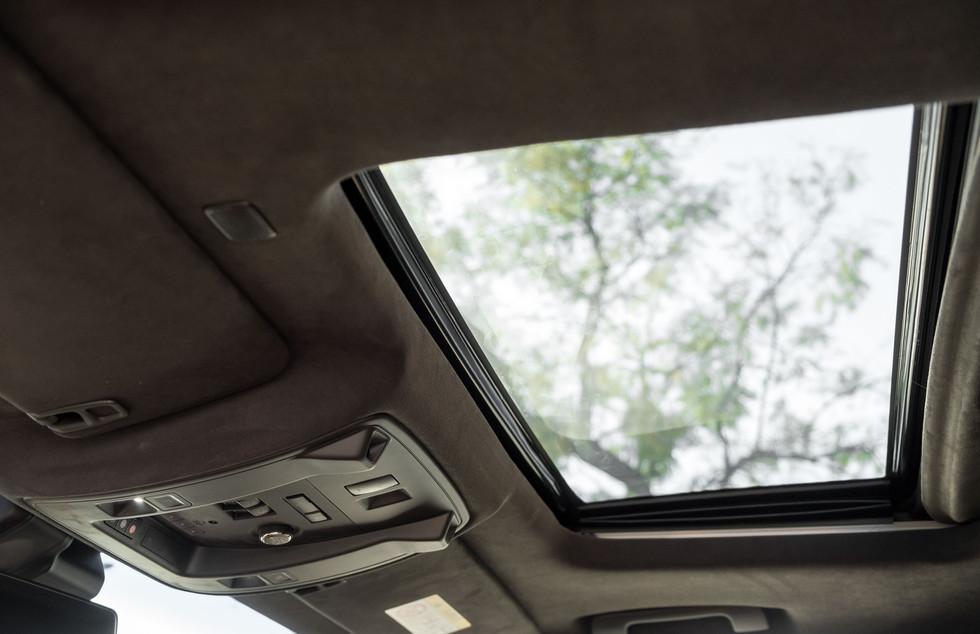 Cadillac Escalade-14.jpg
