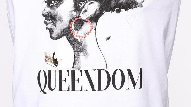 Queendom Tee