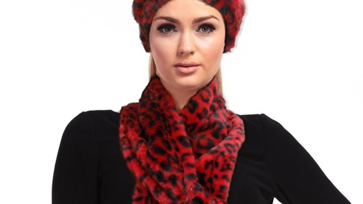 Red Print Hat/Scarf Combo