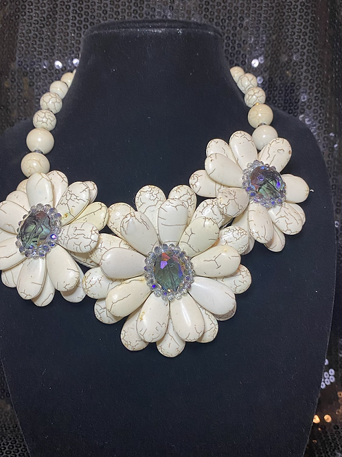 Stone Flower Necklace