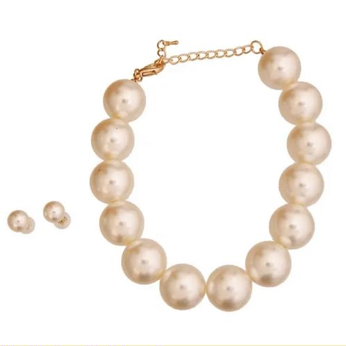 Cream Pearl set