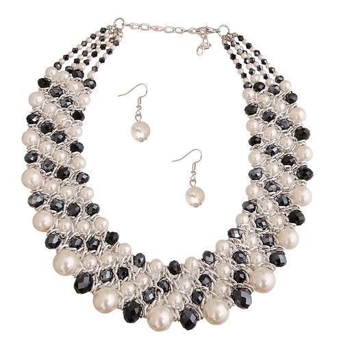 Black & White Pearl Bib Set
