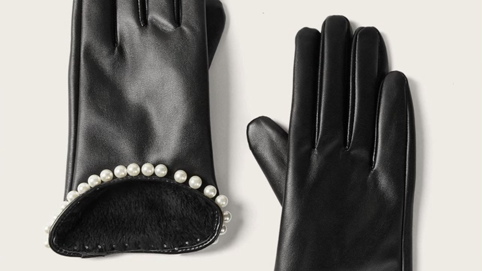 Sting of Pearls Gloves