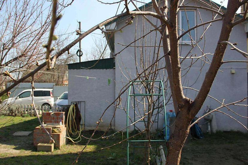 Дом с ремонтом и мебелью в Адыгее, сразу за Тургеневским мостом.