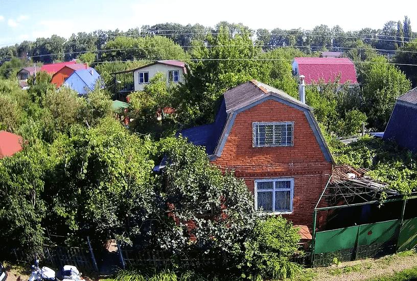 Жилой дом с земельным участком в Знаменском