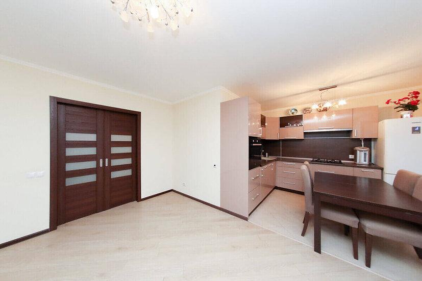 Двухкомнатная квартира с ремонтом и мебелью в Яблоновском.