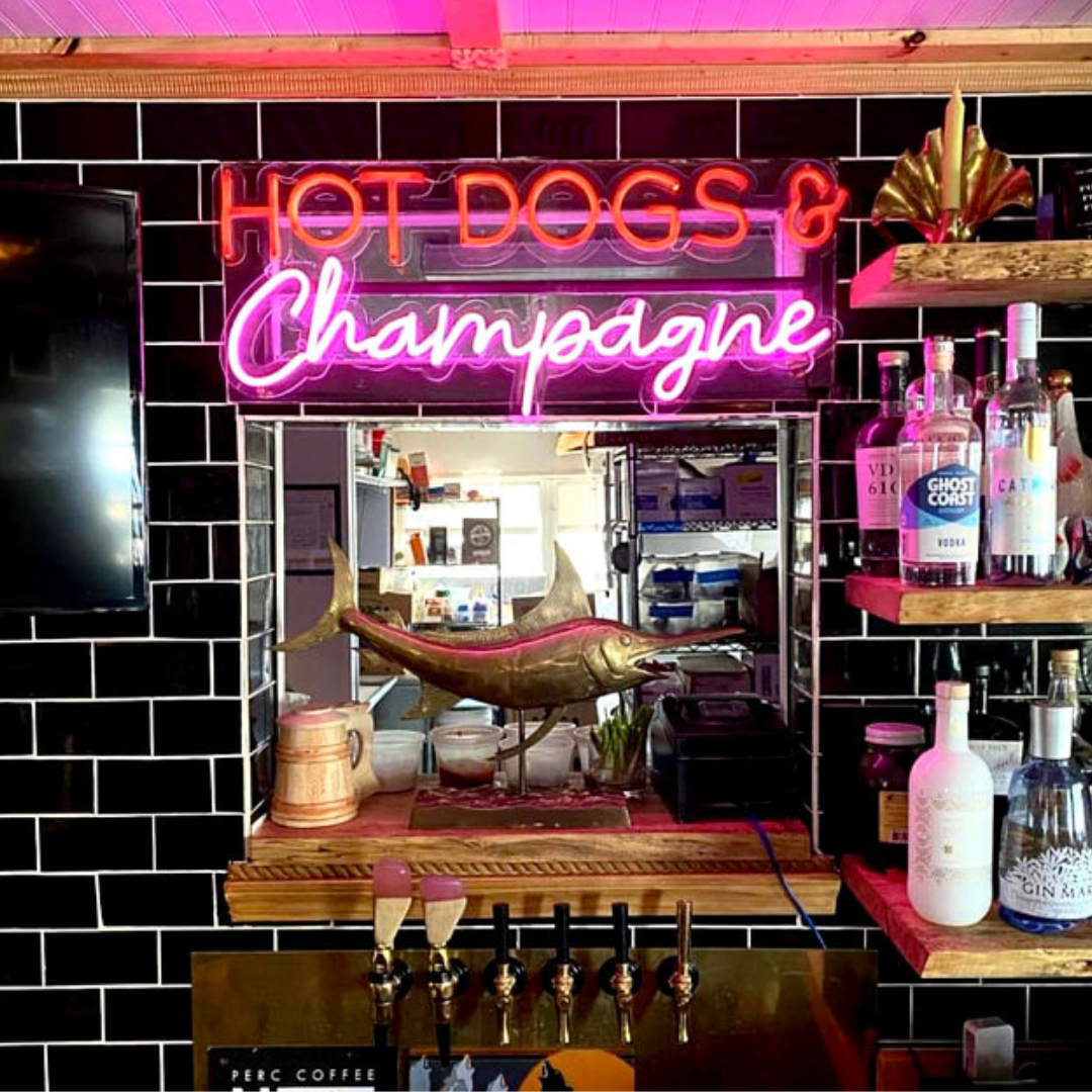 Hot dog champagne