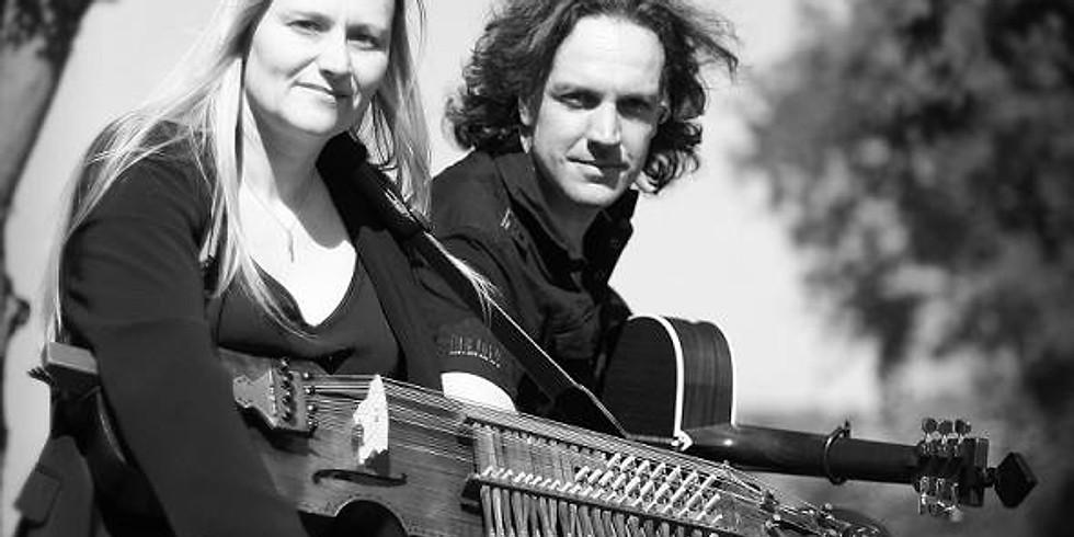 Vicky Swan & Jonny Dyer