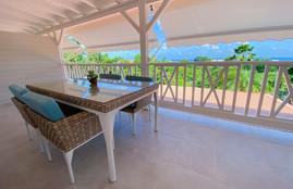 Terrasse vue sur les ilets du François Martinique
