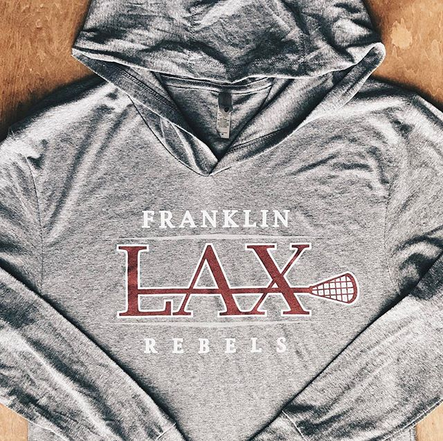 These lightweight hoodies are perfect for spring! 🌦🌸 We have so many garment options be sure to st
