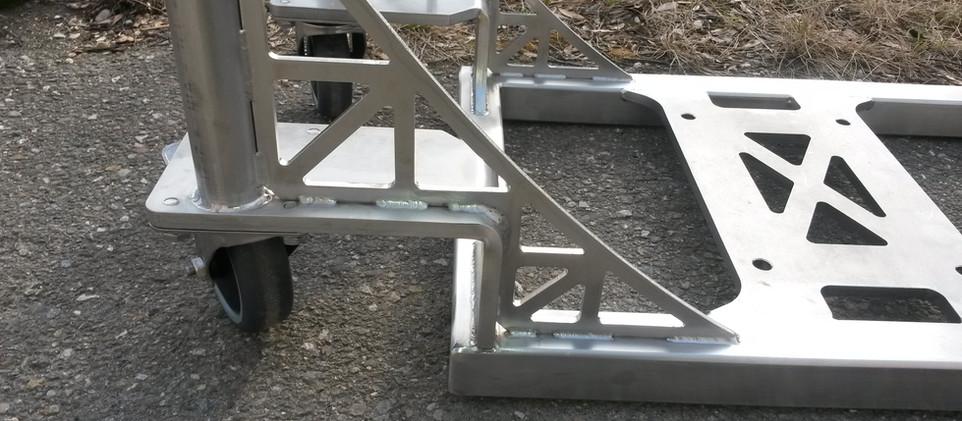Detail Pumpenwagen Tieflader.jpg
