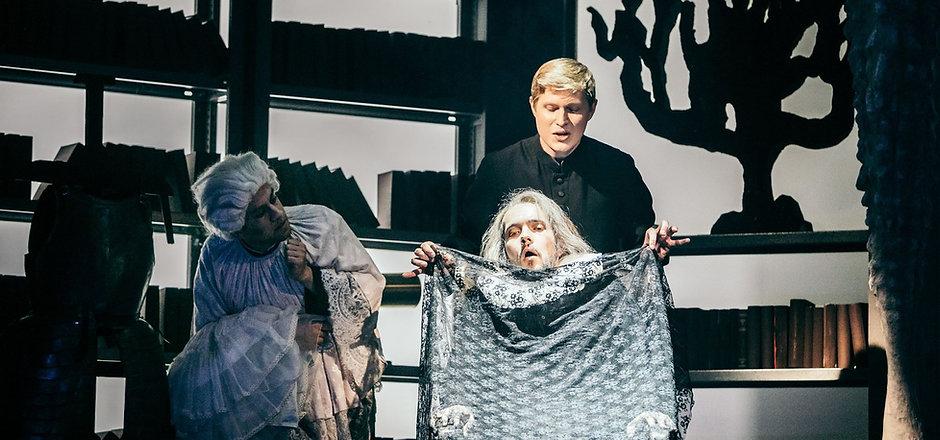 Oper Don Pasquale Enno Kinast Bariton Gr